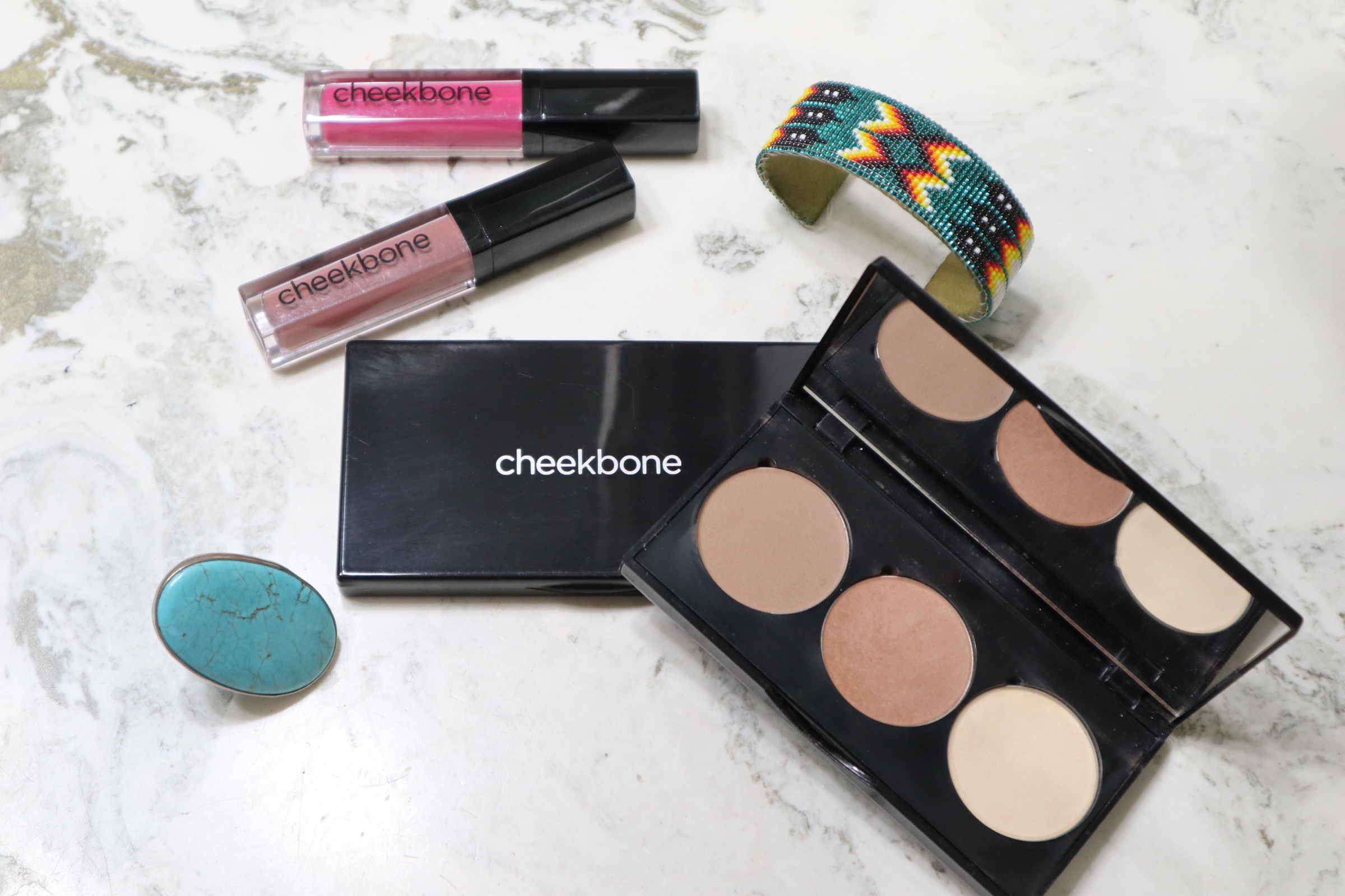 Amy Stretten, The Chief of Style, reviews Canadian Aboriginal-owned makeup brand, Cheekbone Beauty